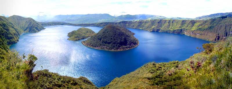 Lago Cuicocha Otavalo Ecuador en el norte del Ecuador
