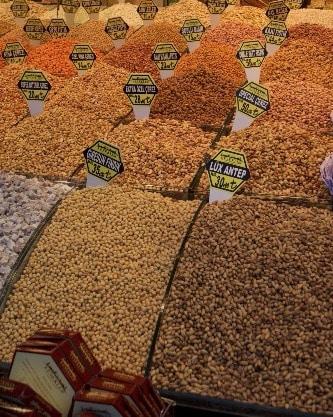 Especies del mercado egipcio en Estambul