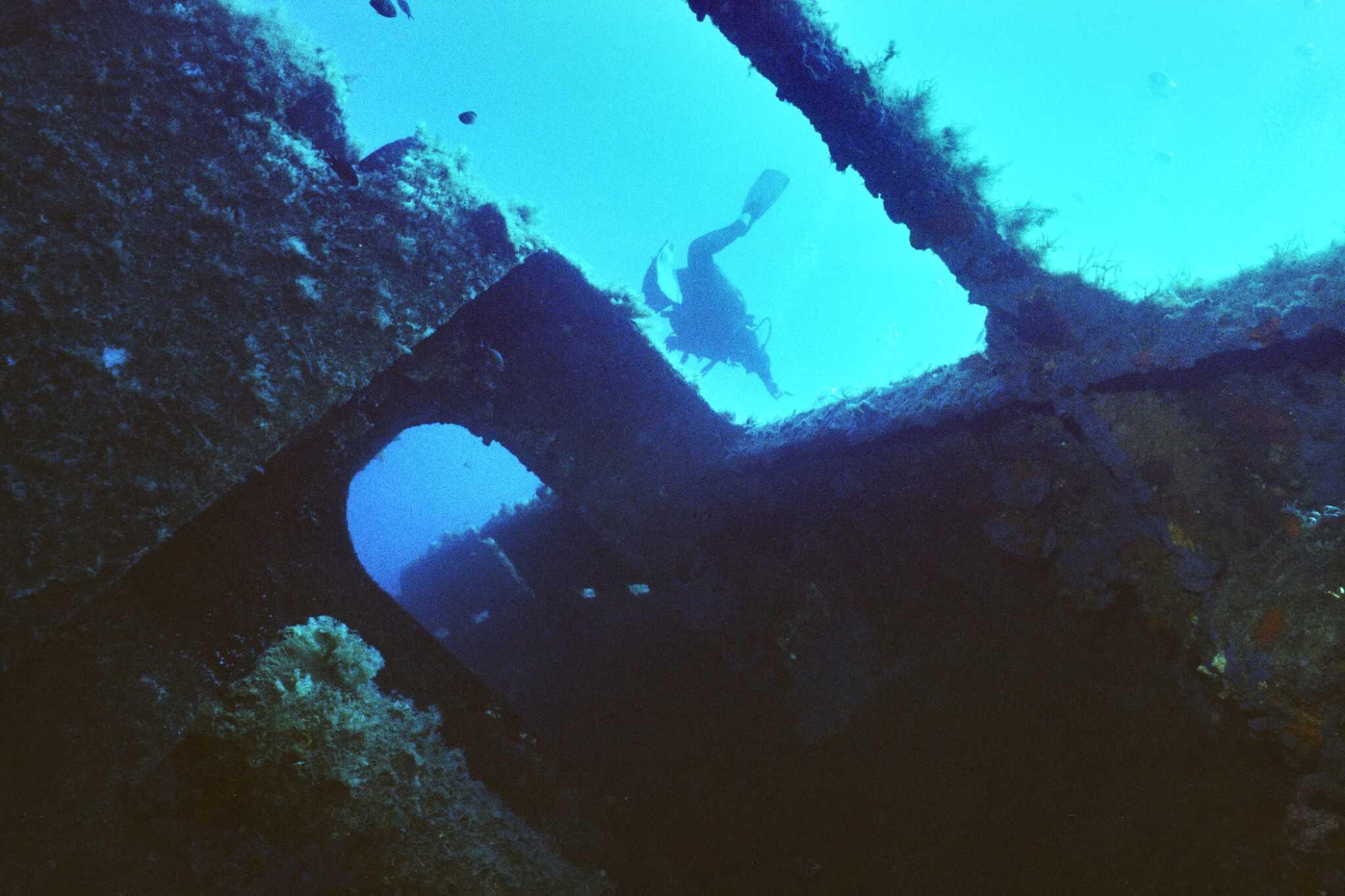 Anna II boat Wreck: GoDive Mykonos Greece