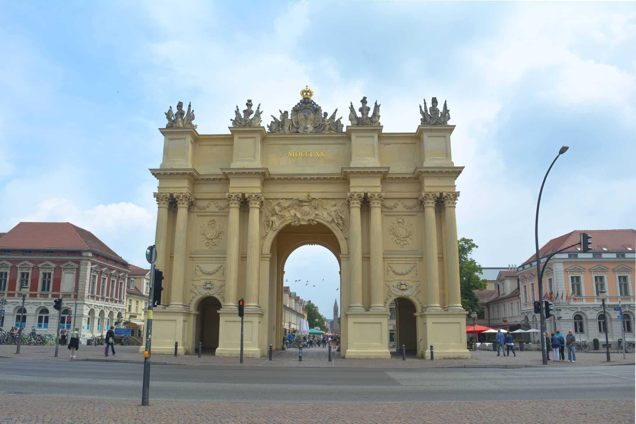Puerta de Brandeburgo en Potsdam