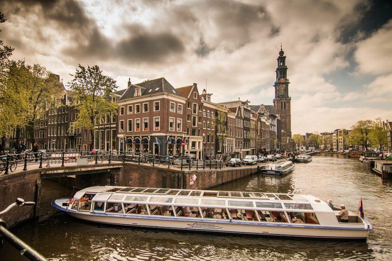 amsterdam-1089656_960_720