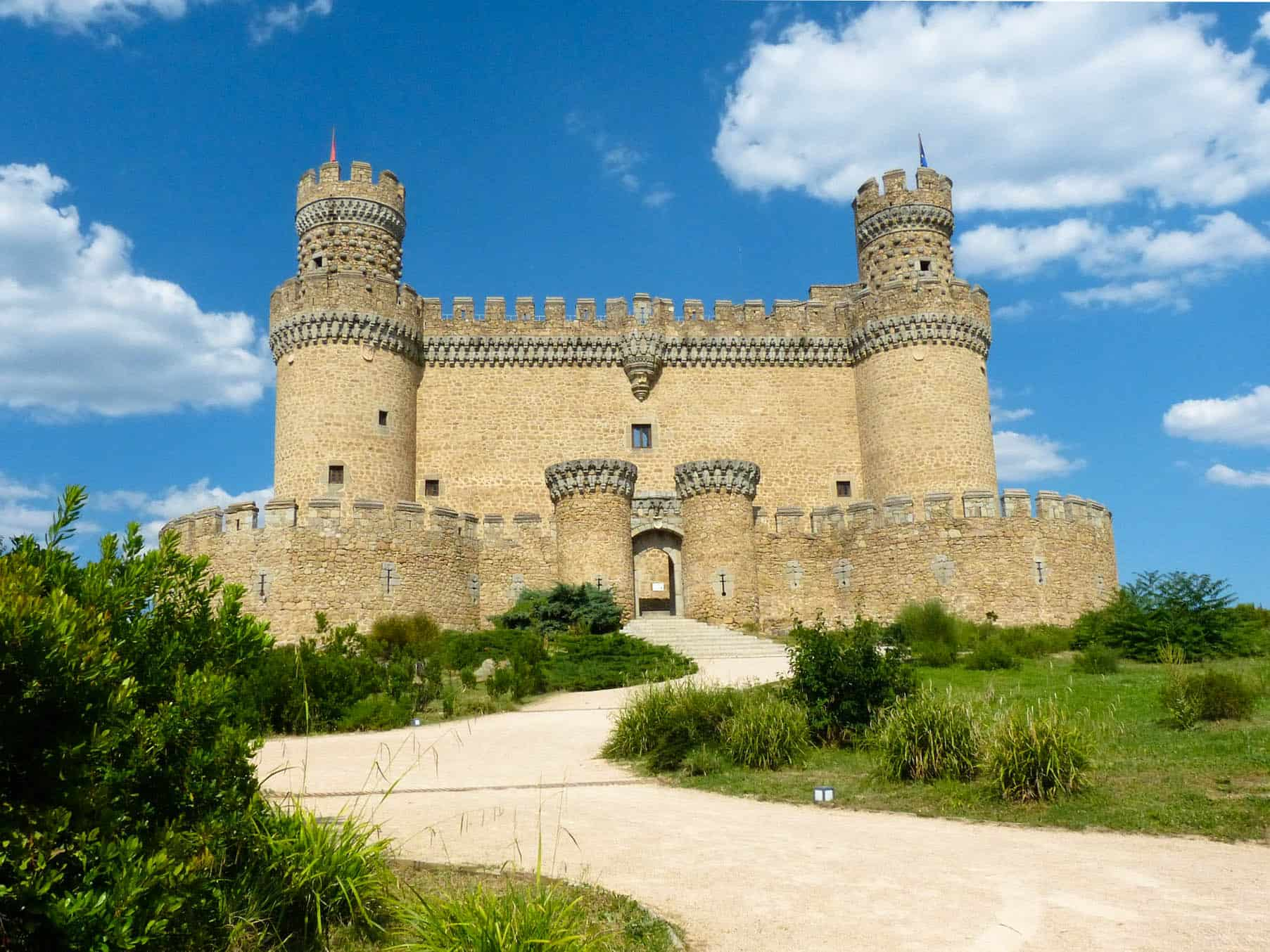 New Castle of Manzanares el Real