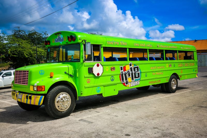 irie-tours-bus