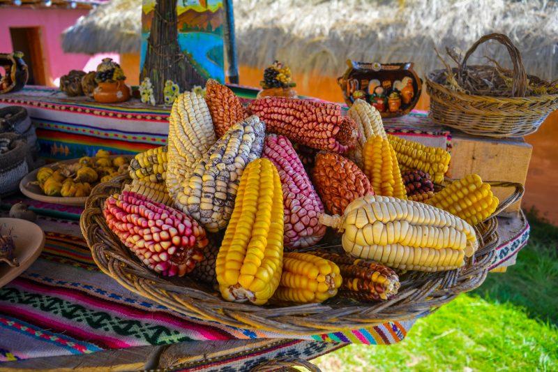 chincheros-market Textile Show