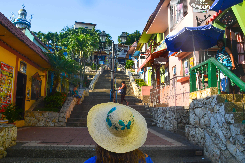 guayaquil lugares turisticos: Las Peñas en Guayaquil Ecuador
