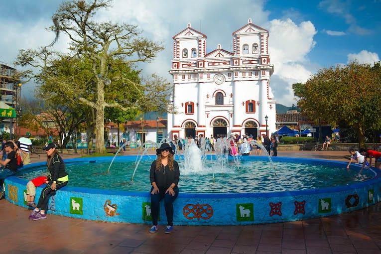 guatape-town-37