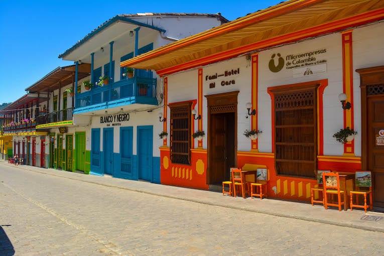 pueblo colorido de colombia viaje de un día desde medellin