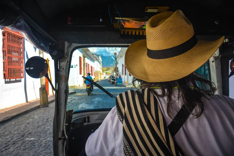 moto taxi en Santa Fe de Antioquia, Colombia