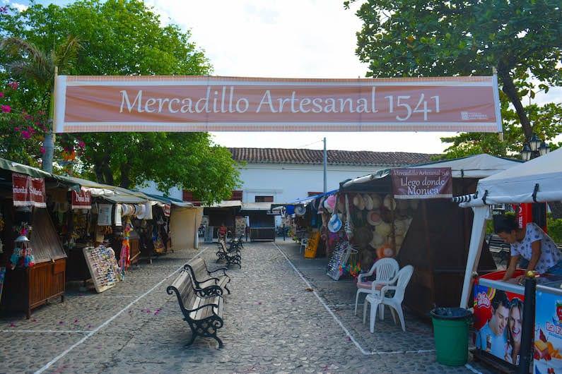mercado artesanal 1541
