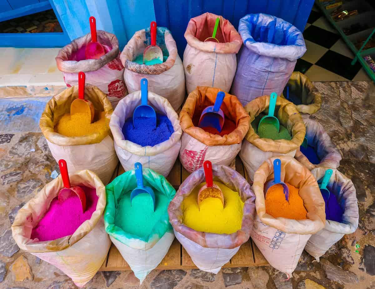 foto de los pigmentos que usan en Chefchaouen, Marruecos