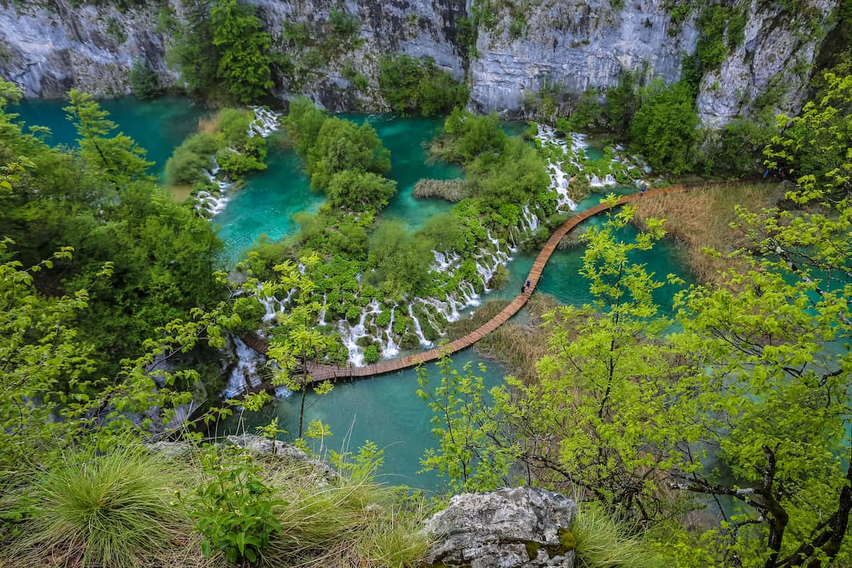 The Ultimate Guide to Visit Plitvice Lakes National Park in Croatia + Tips for Visiting Plitvice Lakes