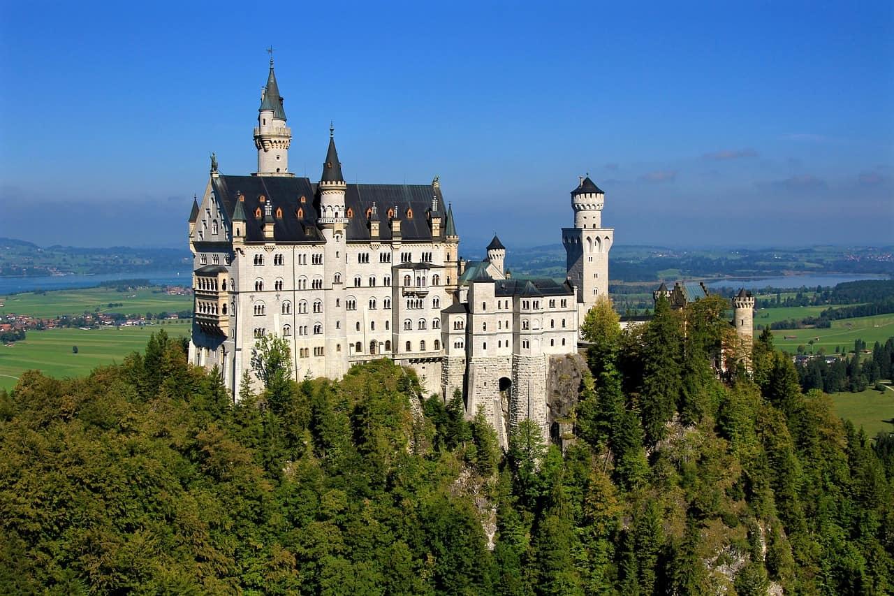 Neuschwanstein Castle andFüssen