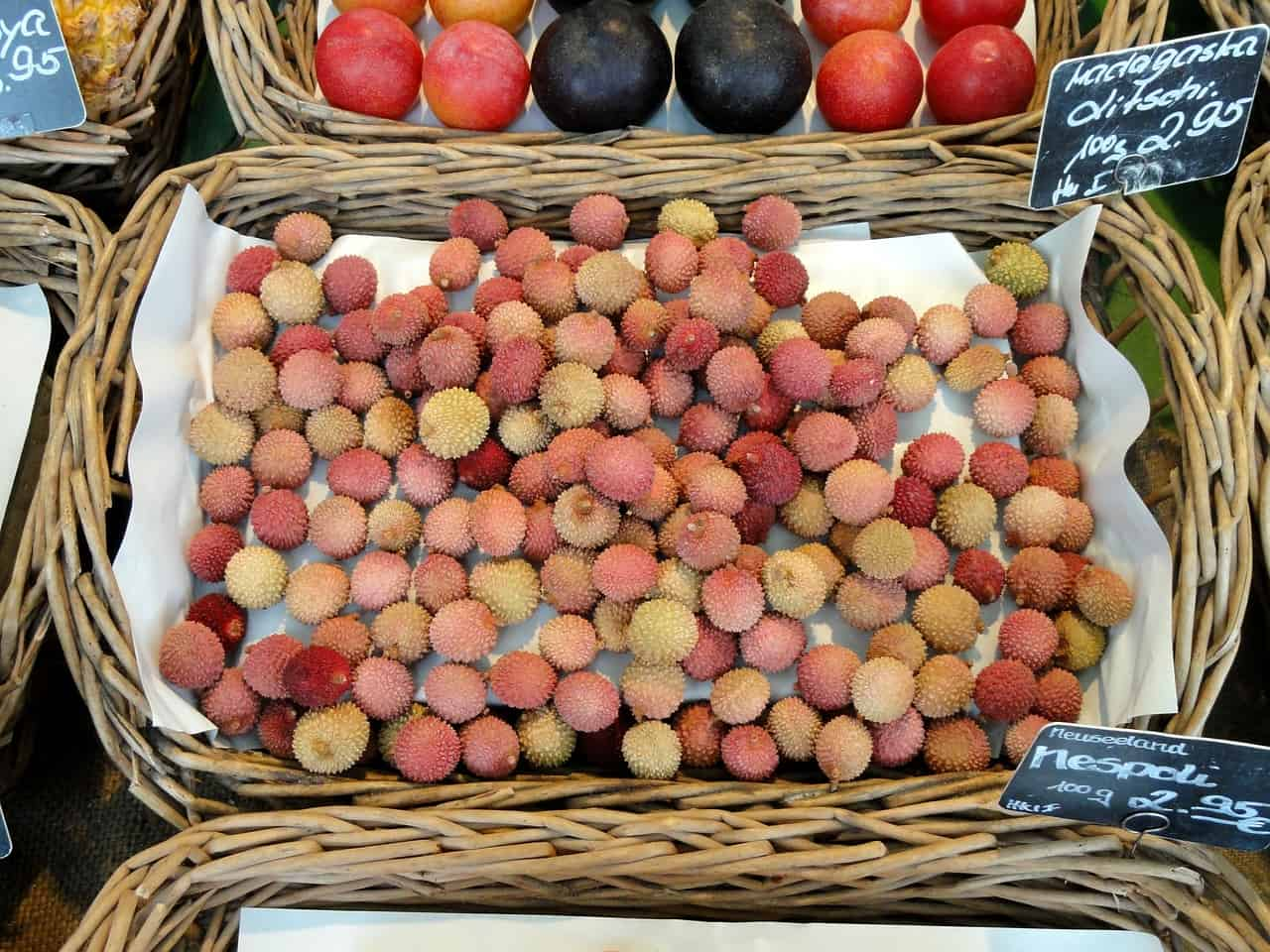 lychees-613115_1280