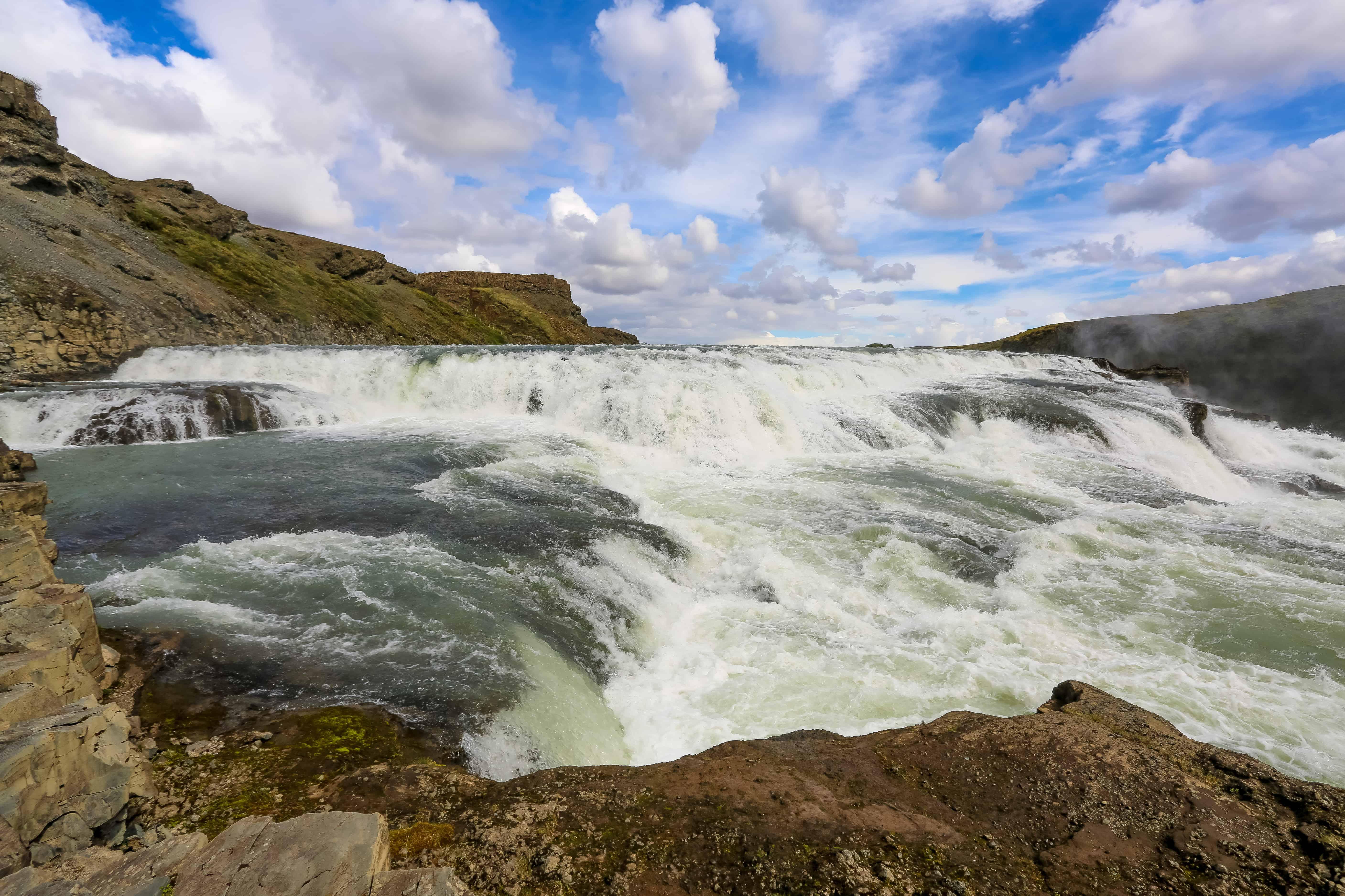 Disfruta de la cascada de Gullfoss