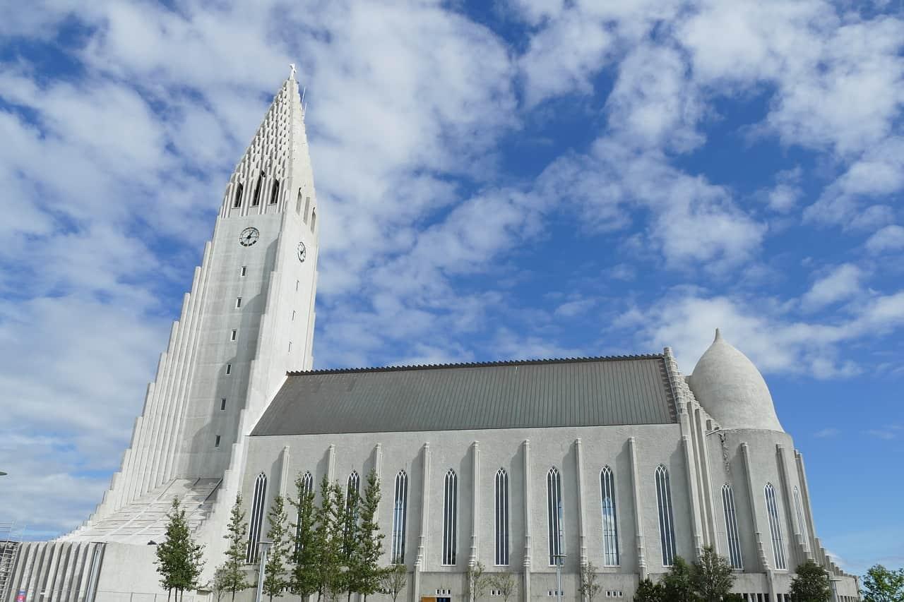 reykjavik-1601314_1280