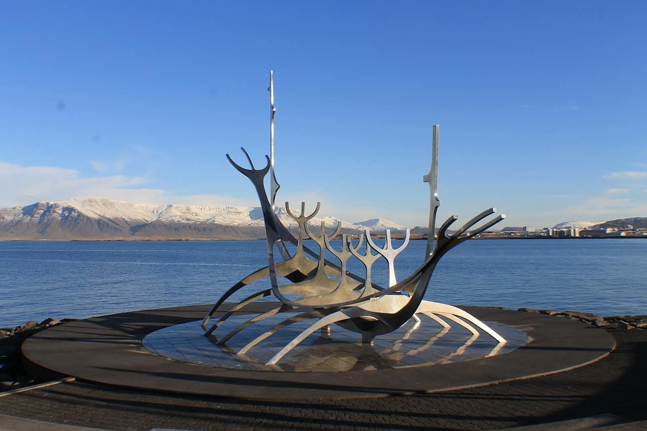 reykjavik-635330_1280