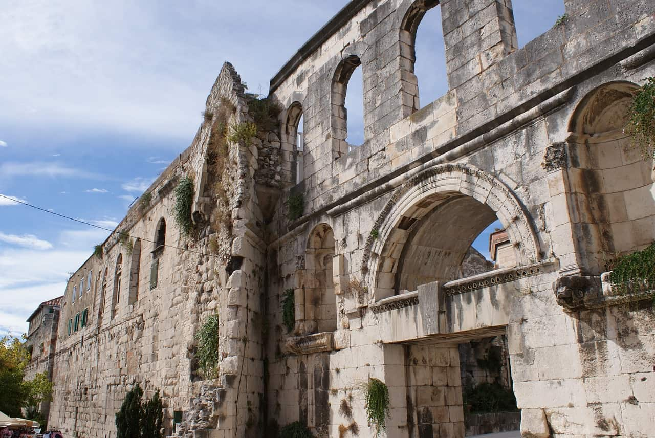 Visit the Four Gates of Diocletian's Palace