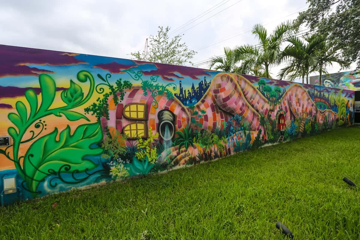 Wynwood Walls Street Graffiti Art- Murales en Miami