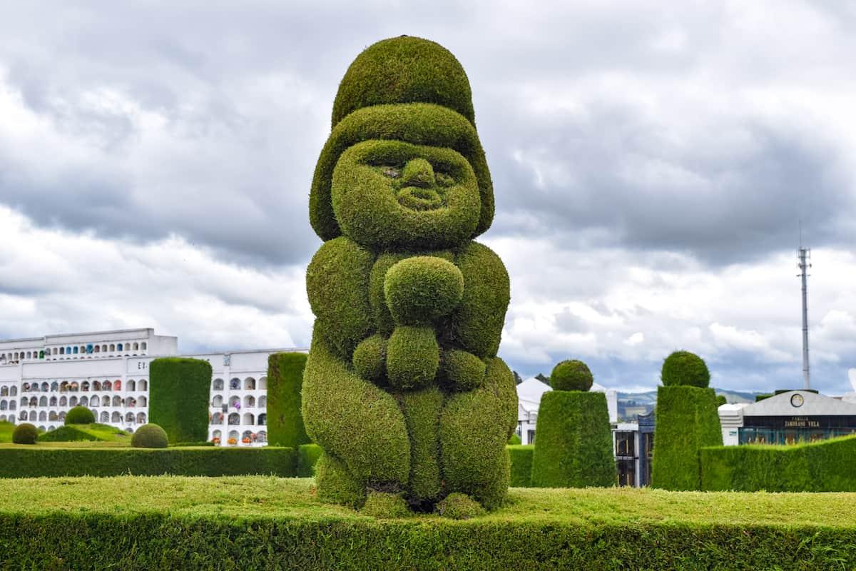 Cementerio de Tulcán, Ecuador escultura