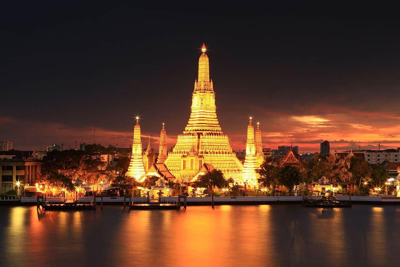 Wat Arun (El Templo del Alba) - Cosas Que Hacer en Bangkok