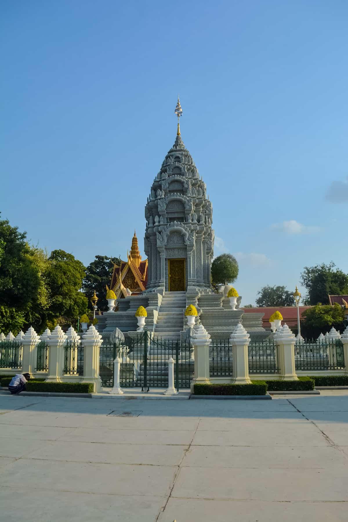 La Pagoda Silver