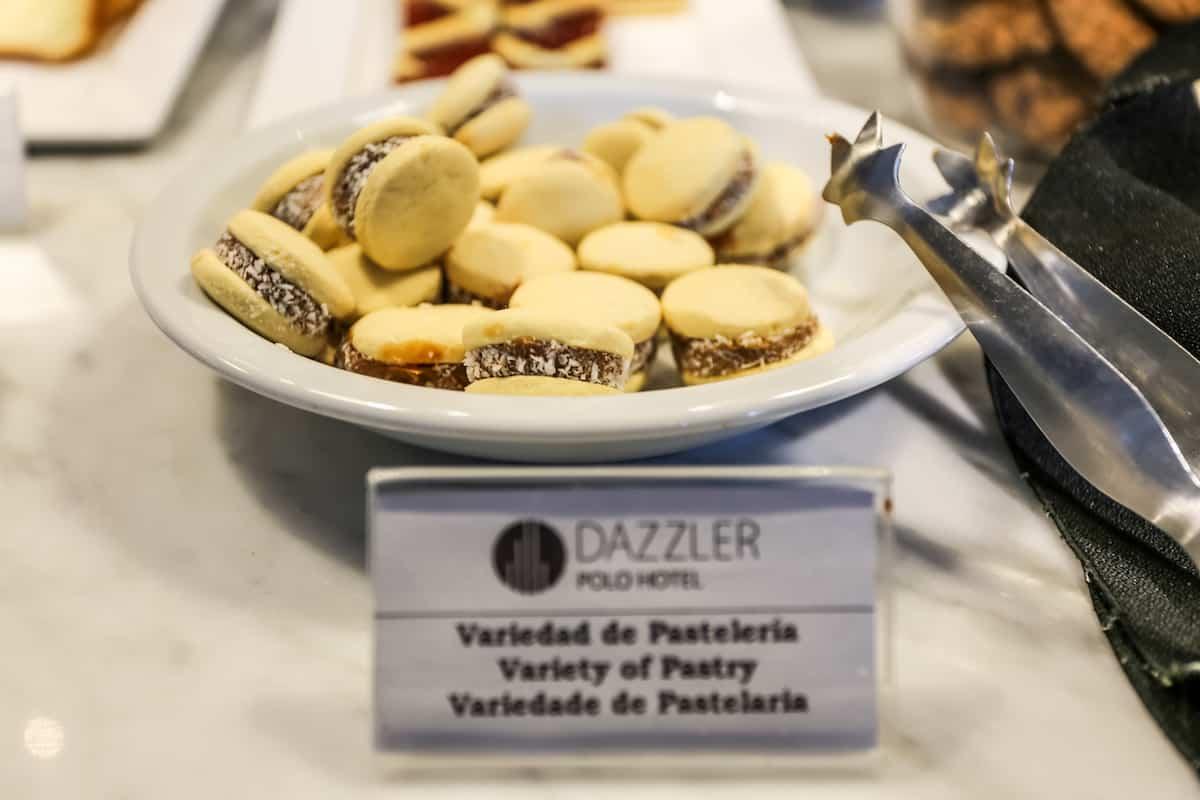 Comidas que tienes que probar en Buenos Aires ALFAJORES DE DULCE DE LECHE!