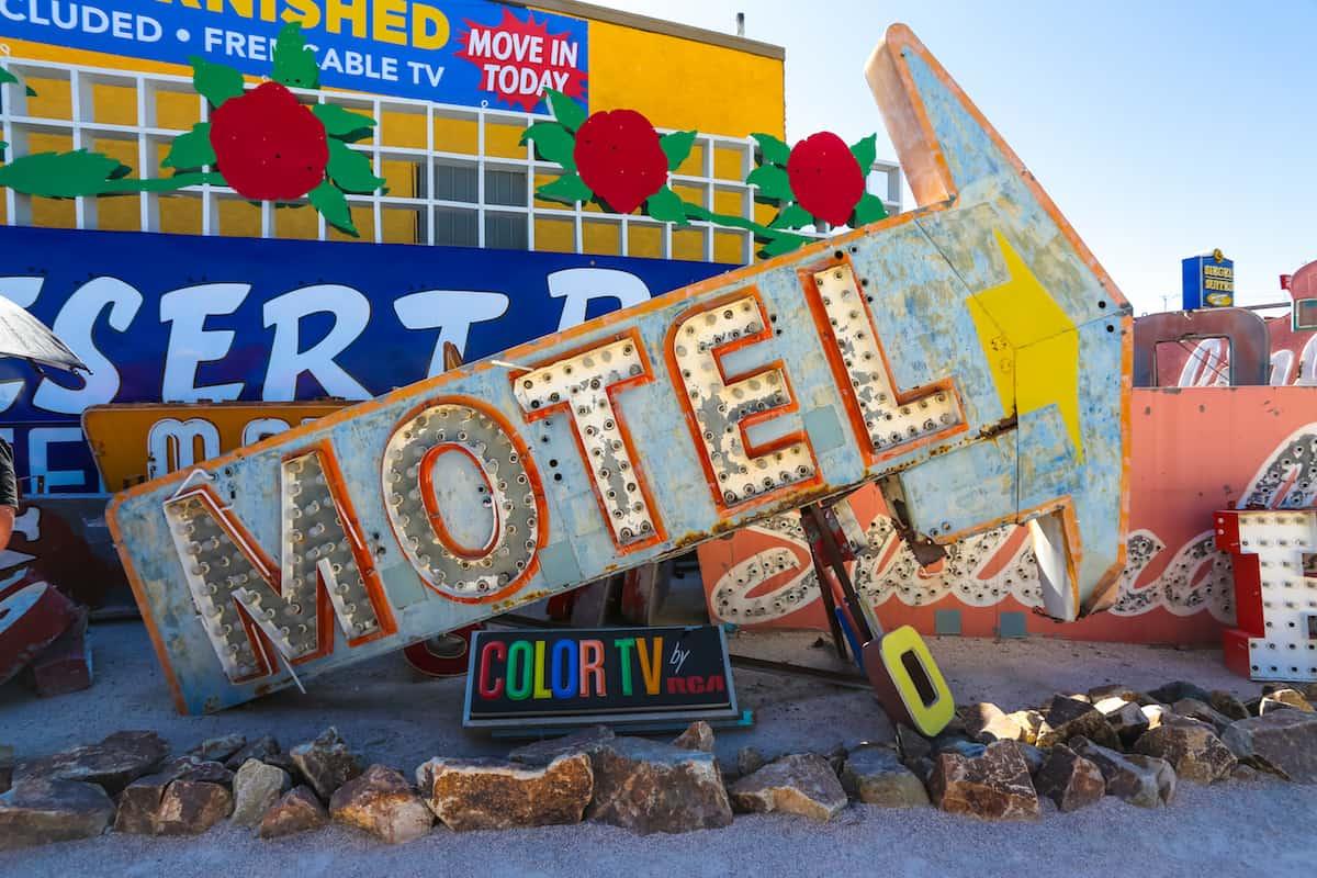 Museo de Neón Motel