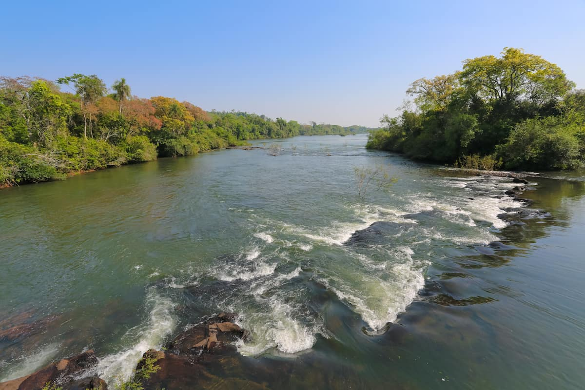 How to get to the Argentinian side of Iguazu Falls