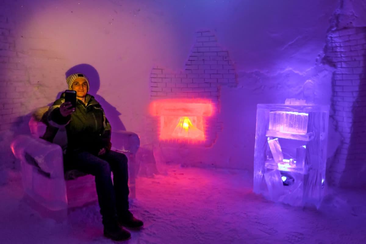 hotel de hielo en Kirkenes Snowhotel chimenea