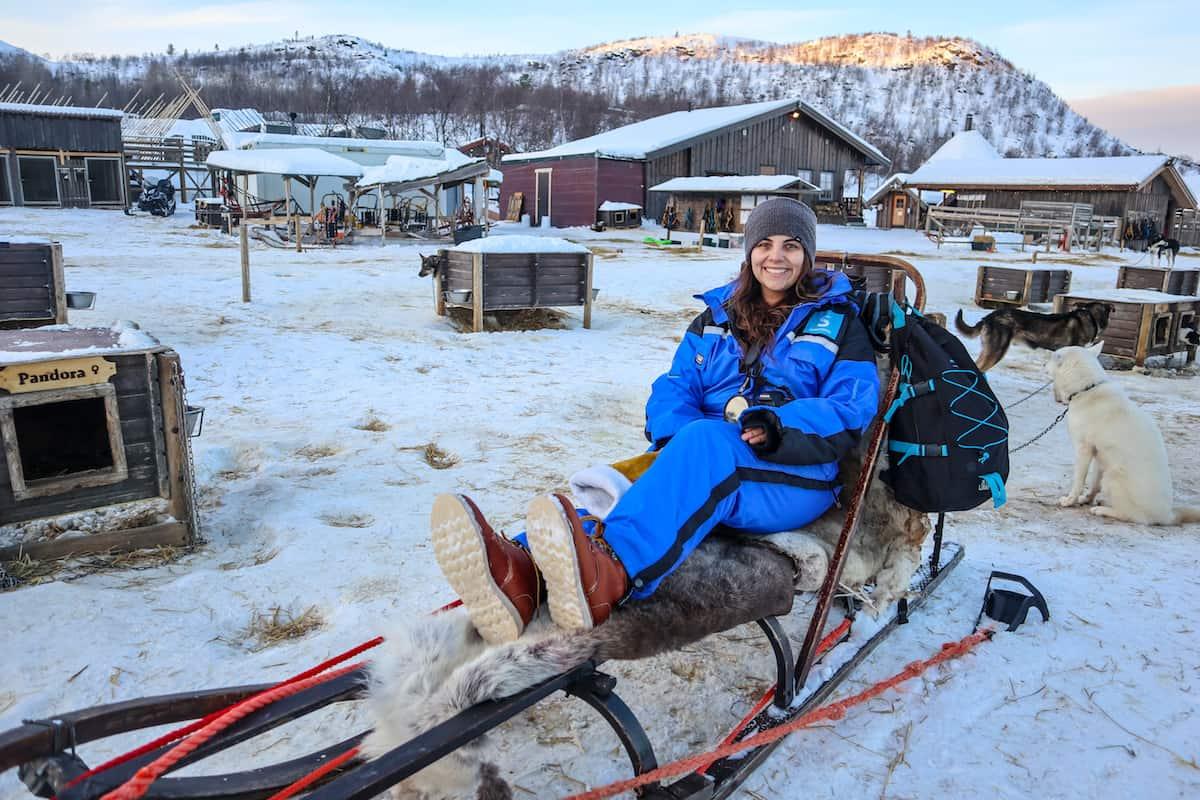 excursion en trineo con huskys en Snowhotel