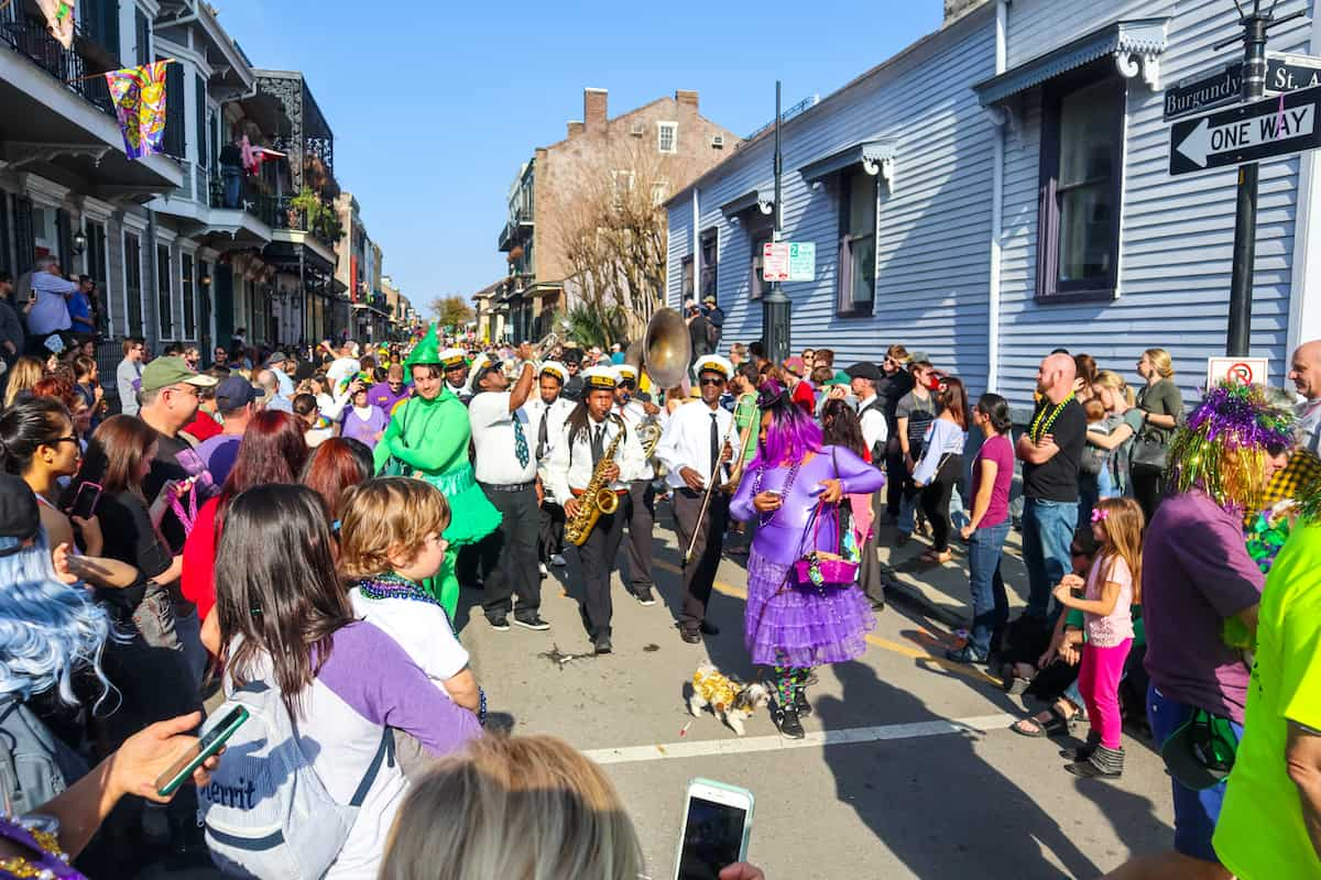 Mardi Grass desfile de perros - carnaval de new orleans