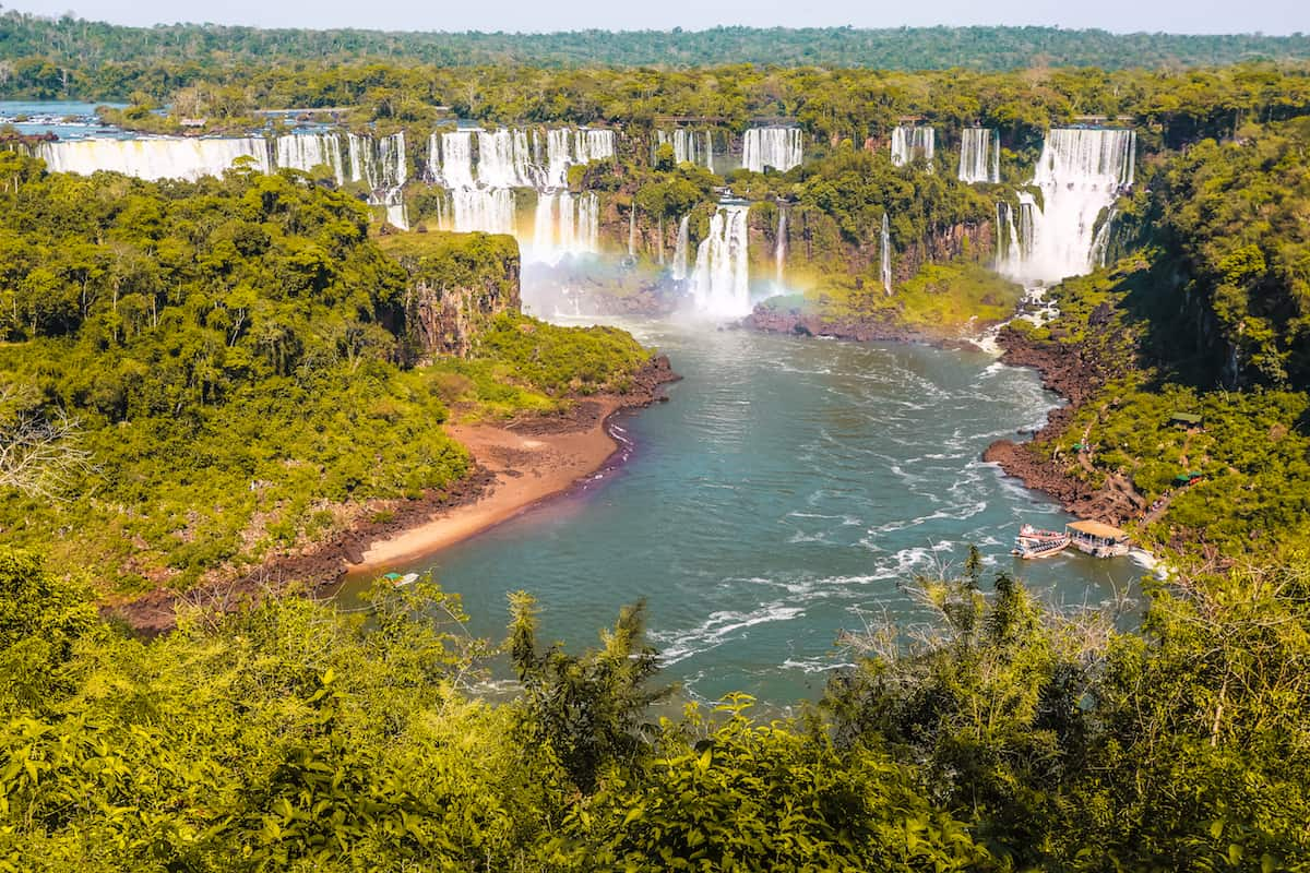 How long should you stay in Iguazu Falls?