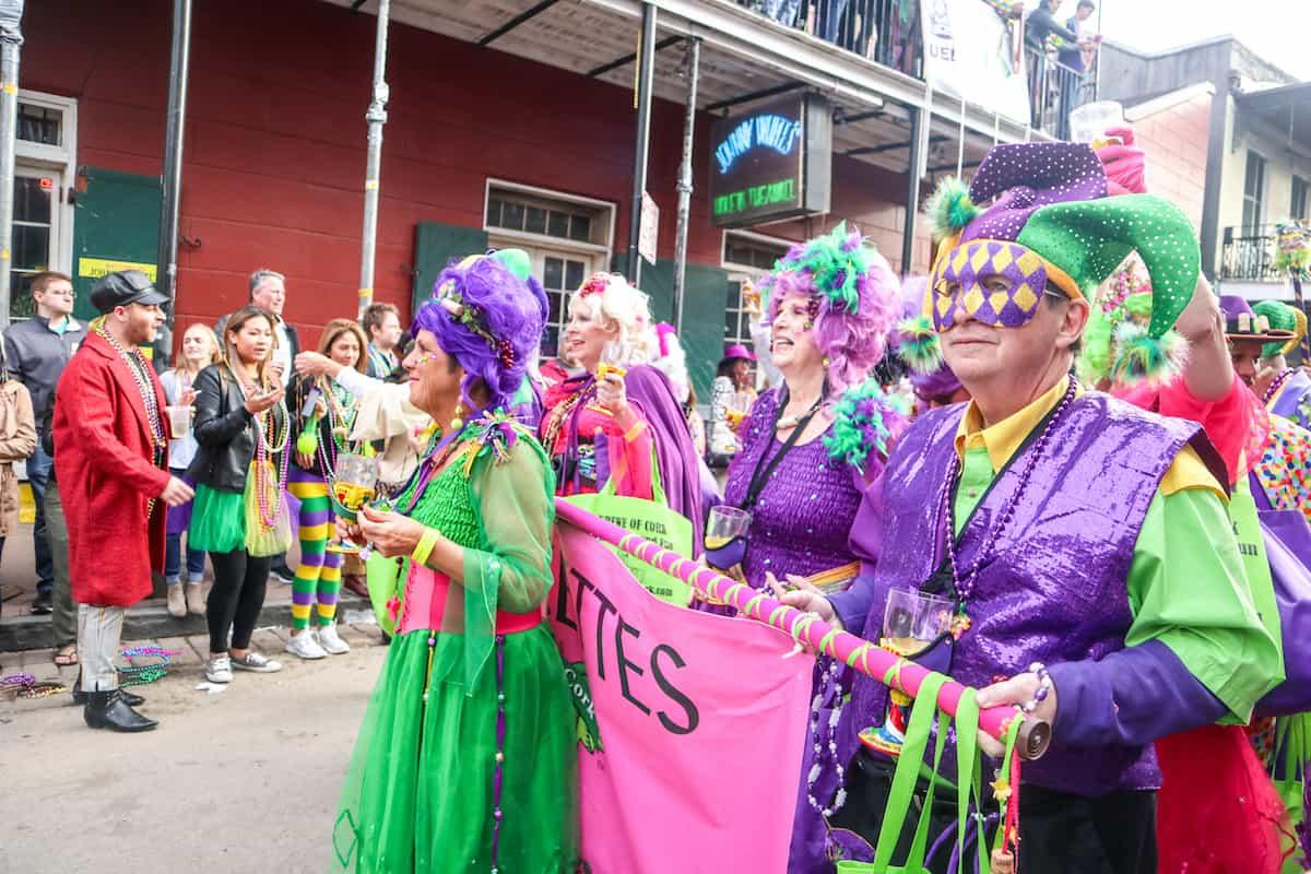 Mardi Grass desfile krews - carnaval de new orleans