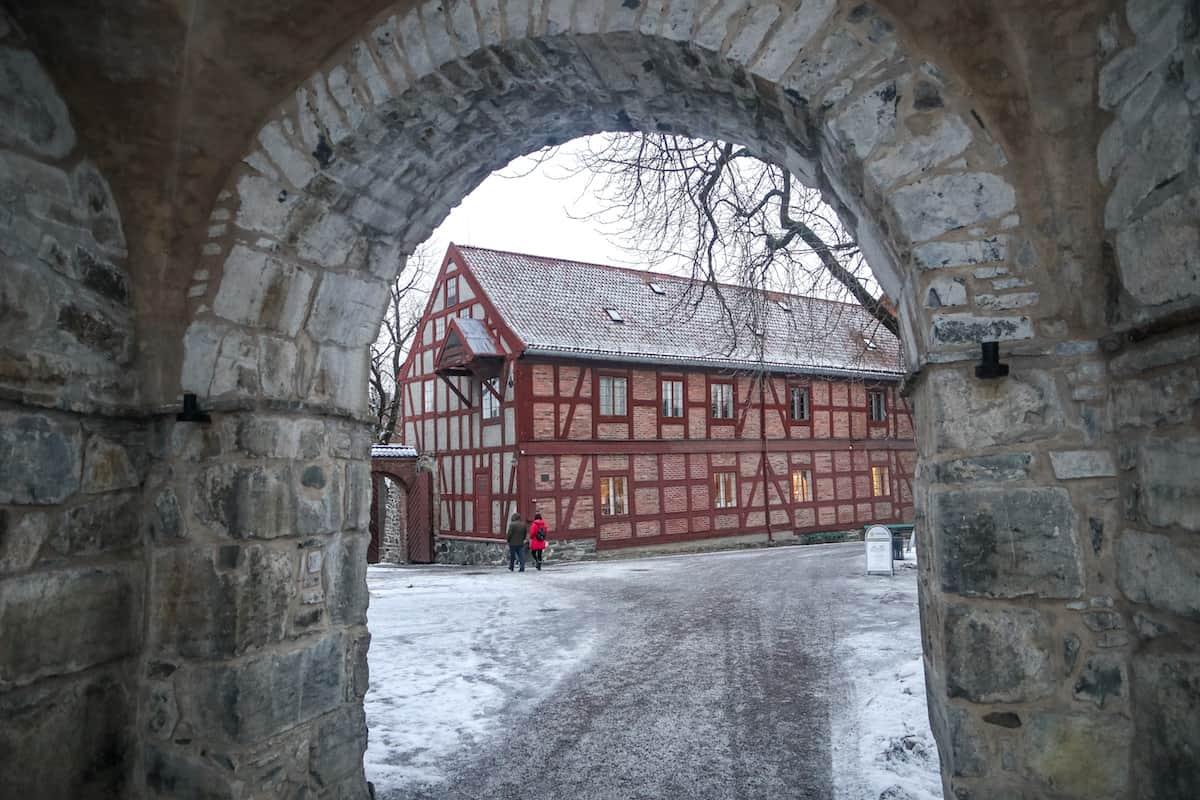 Akershus Fortres tunnel - Oslo en Invierno