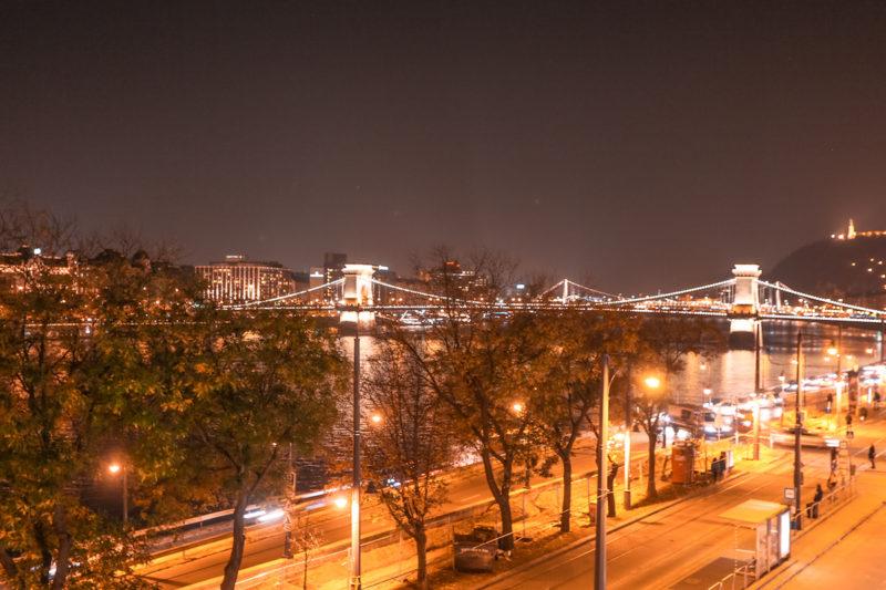 Art'Otel Budapest chain bridge