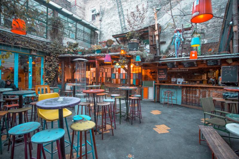 Budapest Insta-photo opportunities: Szimpla Kert Ruin Bar