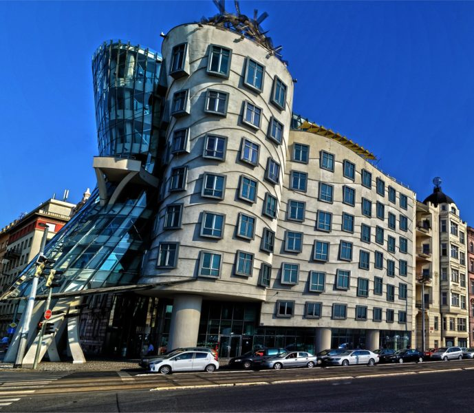Take a photo of the Dancing House