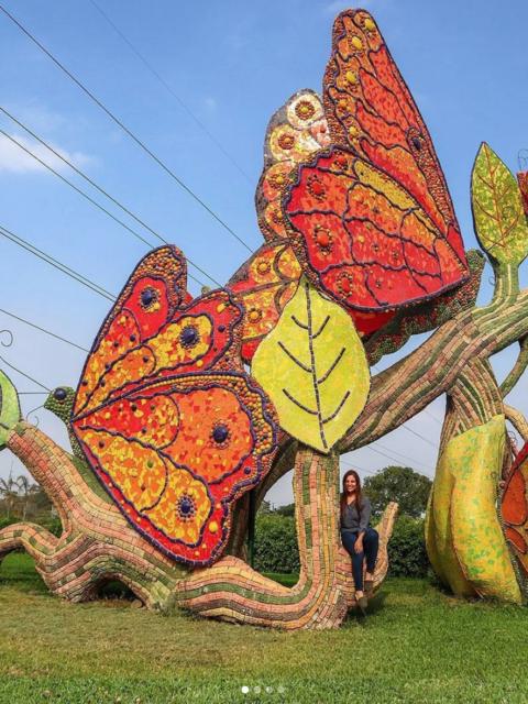 Estatua de Mosaicos Mariposas