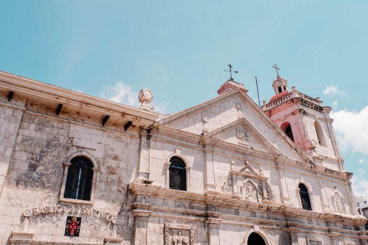 antiguo-arquitectura-basilica-del-santo-nino-1364554