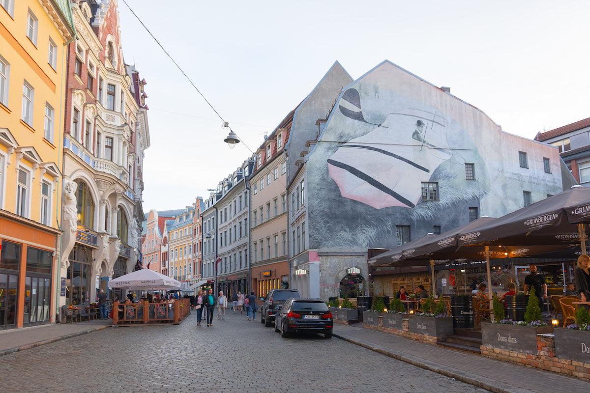 Enjoy the Old Town Riga