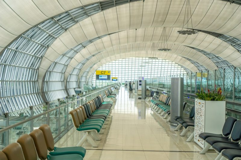 Airport Amenities for Travelers to Take Advantage of While They Wait in a Long Layover