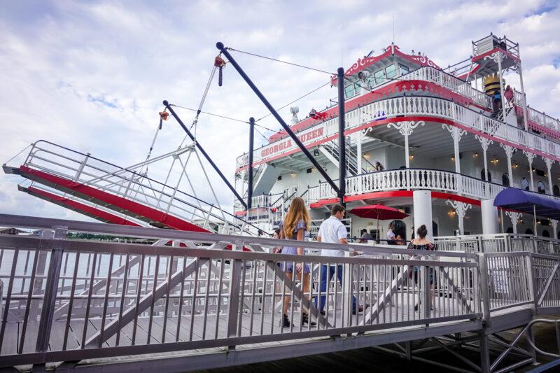 Savannah-river cruise