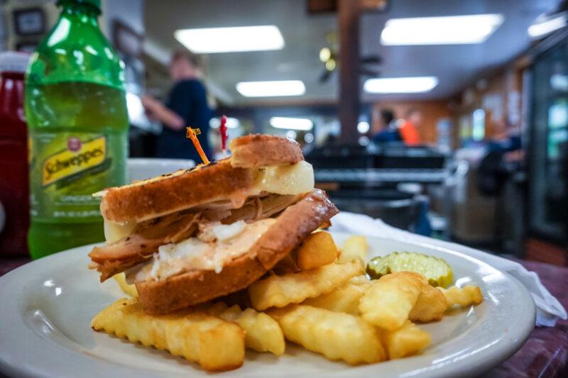 Savannah-Savannah-Have breakfast at Clary's Cafe